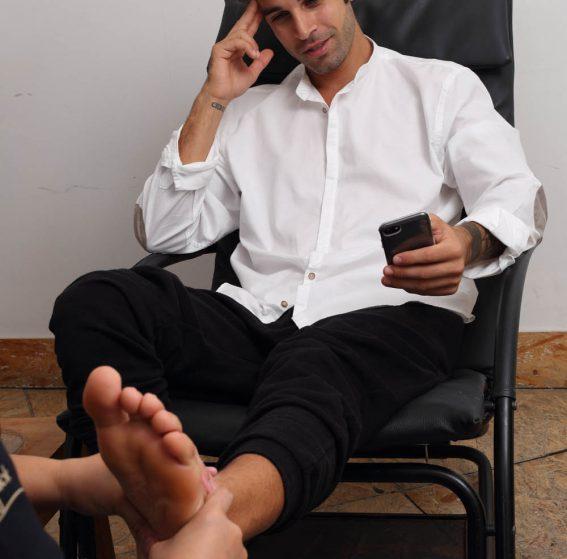 Feet-Treatment-2